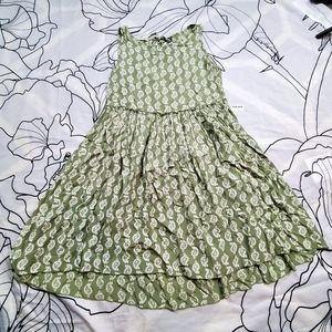 CHLOE'S CLOSET Green Paisley Dress Knee Length Sm